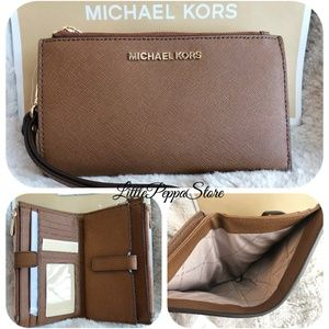 MICHAEL KORS DOUBLE ZIP WRISTLET WALLET LUGGAGE